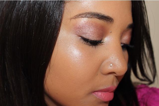 pink makeup look beauty blogger